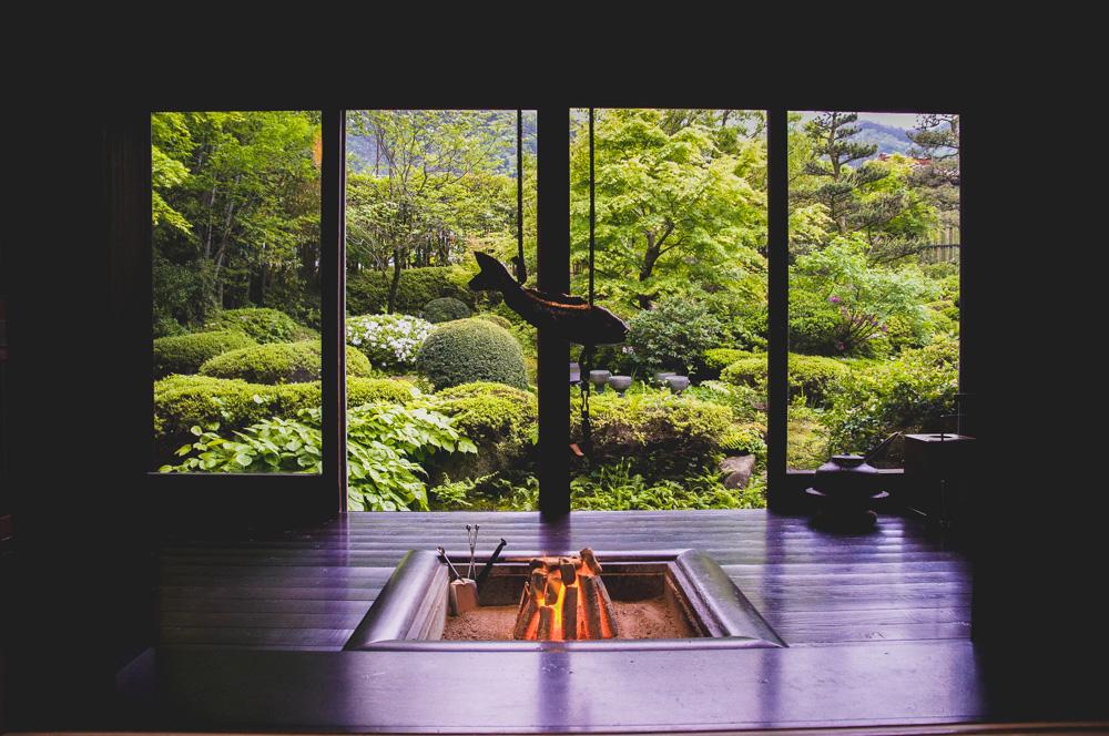 和田屋の囲炉裏